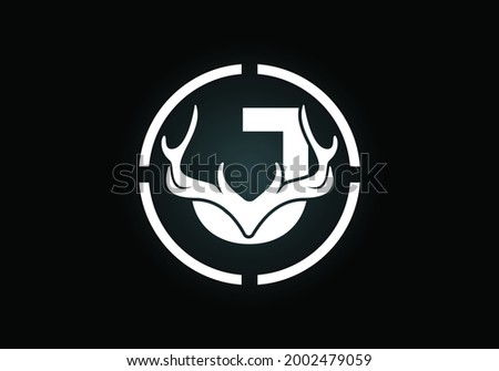 Letter J with deer antlers in target shape, flat style logo design vector template, Hunting inspirations symbol for corporate business identity Foto stock ©
