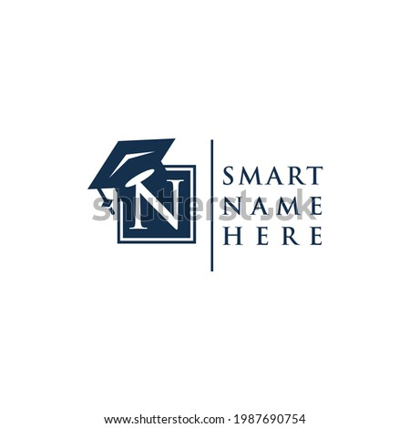Letter n education logo and icon graduation Foto stock ©
