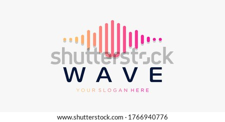 Letter W with pulse . wave element. logo template electronic music, equalizer, store, DJ music, nightclub, disco. audio wave logo concept, multimedia technology themed, abstract shape. Zdjęcia stock ©