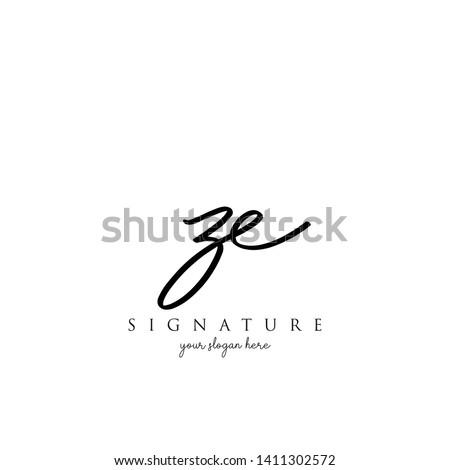 Letter ZE Signature Logo Template - Vector Zdjęcia stock ©