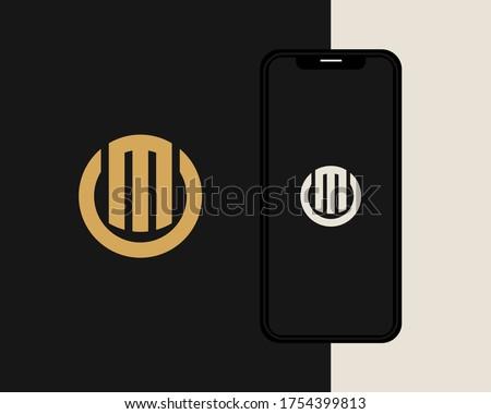 Letters M and O or MO line logo design. Linear minimal stylish emblem. Luxury elegant vector element. Premium business logotype. Graphic alphabet symbol for corporate business identity Foto stock ©