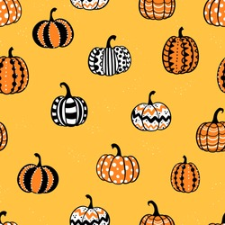 Lovely hand drawn pumpkin seamless pattern, great for Halloween designs, wallpapers, textiles, banners - vector design