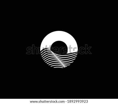 Minimalist and simple Modern ocean and sun icon, logo template, negative space ocean logo, Letter O for ocean logo .vector