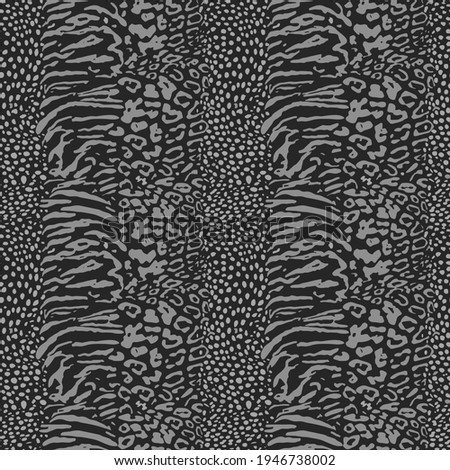 Mix animal skin prints, tiger, leopard, jaguar seamless pattern vector design. Dotted texture. Black and white, vertical stripes contrast spots. Gray. Foto stock ©
