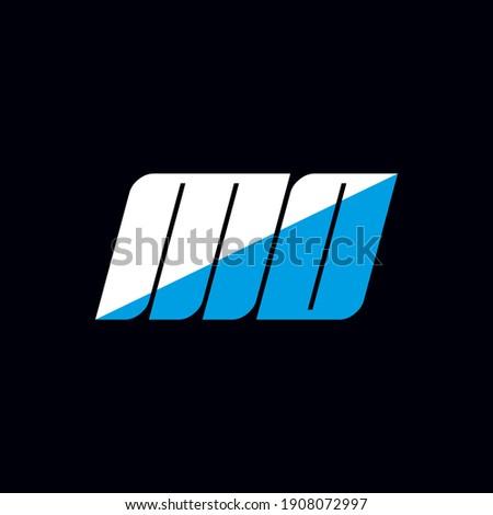 MO letter logo design on black background. MO creative initials letter logo concept. MO icon design. MO white and blue letter icon design on black background. M O Foto stock ©