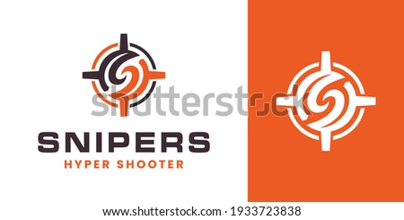 Modern letter S Sniper, crosshair, target lock icon logo. circular letter S initial with sniper aim target logo template vector ストックフォト ©