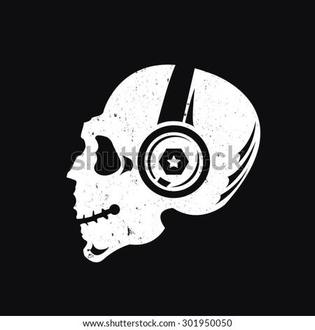 music skull logo sound studio