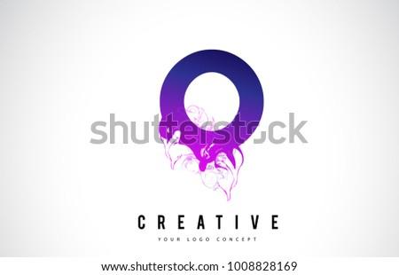 O Purple Letter Logo Design with Creative Liquid Effect Flowing Vector Illustration. Foto stock ©