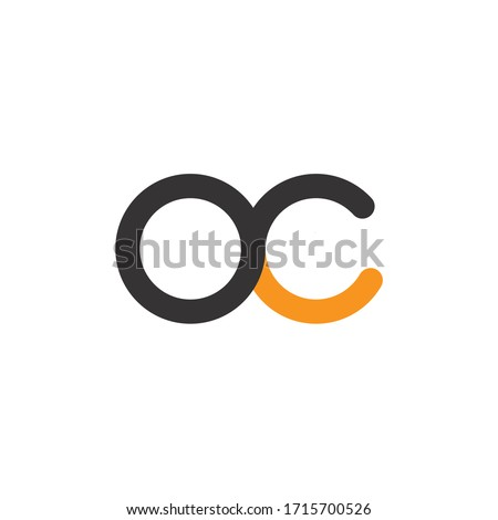 oc letters. initial letters oc linked round lowercase monogram logo black and yellow logo Foto stock ©