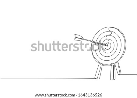 One continuous line drawing of arrow was shot bullseye to archery target board. Archery sport equipment concept. Dynamic single line draw design graphic vector illustration 商業照片 ©