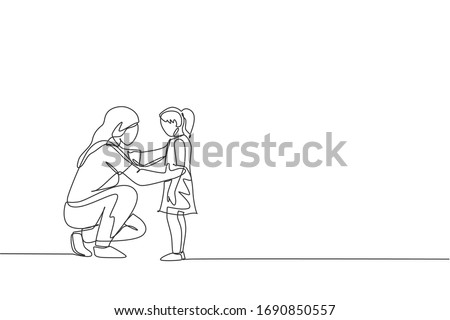 One single line drawing of young happy mom giving some wise advice talk to her daughter at home vector illustration. Parenting education. Family parenthood concept. Modern continuous line draw design