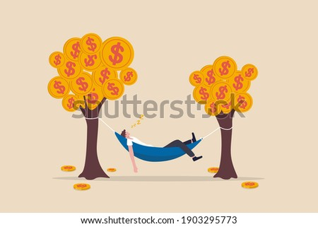 Passive income, earning with no effort by make profit or dividend from investment and achieve financial freedom concept, happy rich businessman sleeping in hammock tied on money tree with dollar coins Foto stock ©