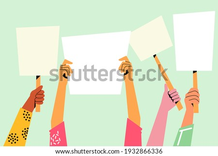 People with placards. Protest. People crowd holding blank banners, manifesting activists demonstrating empty signs. Street demonstration,  placard protester, political revolution, demonstrate. Vector. Foto stock ©