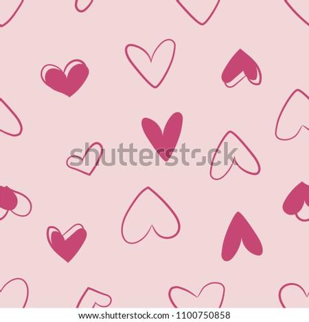 pink sketchy hearts print