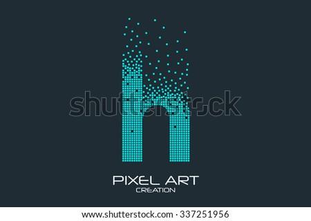 Pixel art design of the H letter logo. Foto stock ©