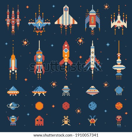 Pixel art vintage space game set with UFO invaders, spaceships, rockets, aliens, stars and planets. Alien shooter, galaxy battle video game. Nostalgic arcade elements from the 8-bit gaming era. Stockfoto ©