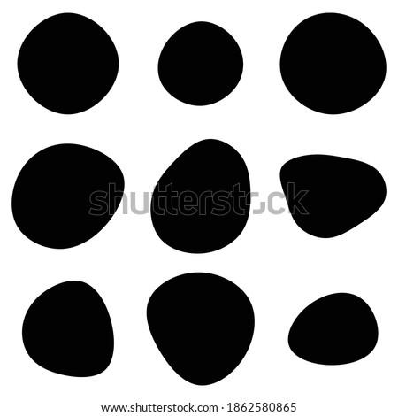 Random blotch, inkblot. Pebble, stone silhouette. Organic blob, blot, speck shape. Splat, fleck. Drop of liquid, fluid. Ink stain, mottle spot irregular shape. Basic, simple rounded, smooth gel form Foto stock ©