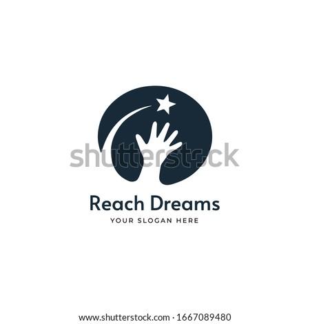 reach star  dreams logo design