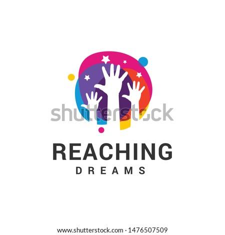 reaching dreams logo design