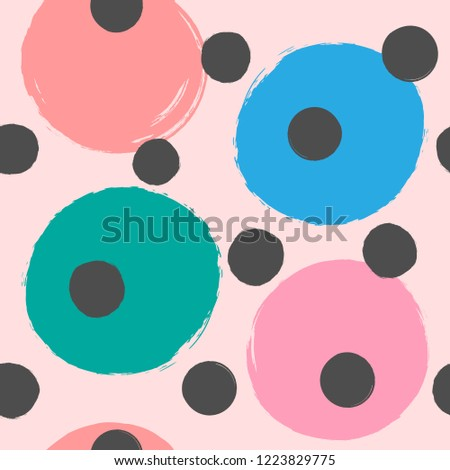 repeating colored round spots