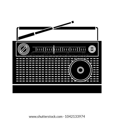 retro radio icon - flat icon - vector vintage technology - sound media symbol