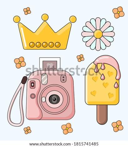 retro set camera daisy crown