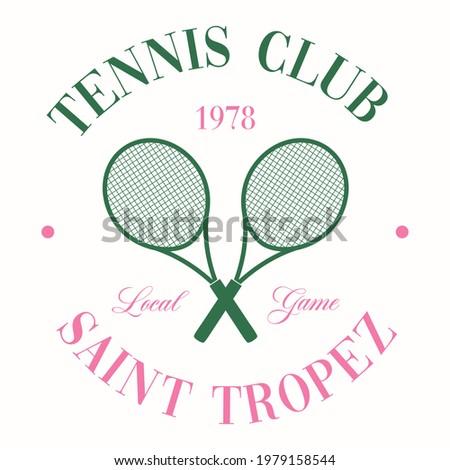 Retro Tennis Club Vector Art Fashion Illustration. Vintage Tennis Racket Slogan T shirt Print Design. Photo stock ©