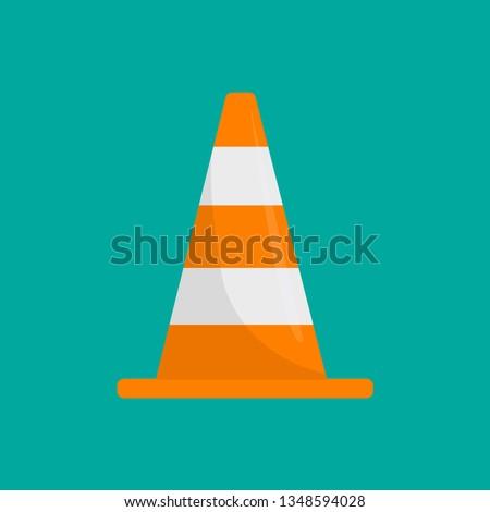 Road cone icon. Flat illustration of road cone vector icon for web design Foto stock ©