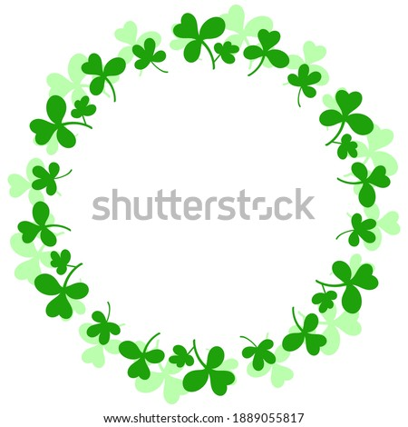 Round frame with clover leaves.Magical plant. Decoration for St. Patrick's Day with trefoils and quatrefoils. Shamrock. Irish story. Isolated on white. Vector illustration. Foto d'archivio ©