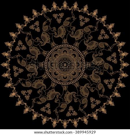 round pattern with mehandi