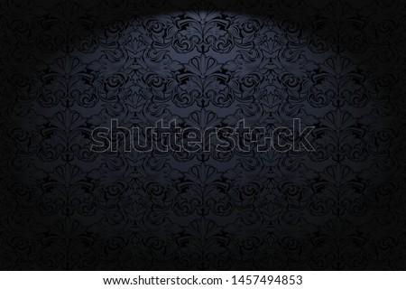 royal  vintage  gothic
