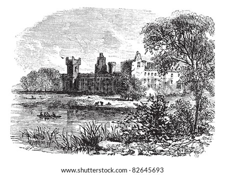 ruins of linlithgow palace ...