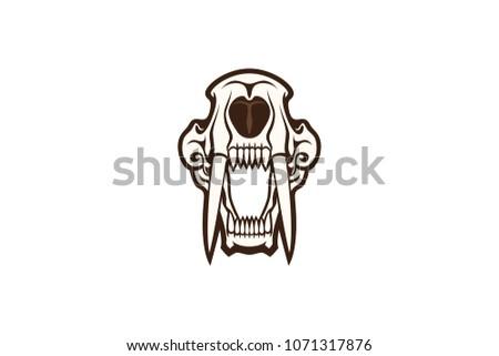 sabertooth skull vector