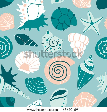 Sea shells and starfish blue seamless pattern. Cartoon style texture for textile, paper. Hand drawn doodle beach shells, mollusk. Cute ocean background. Abstract decorative flat vector illustration