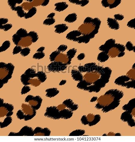Seamless leopard print. Vector pattern, texture, background