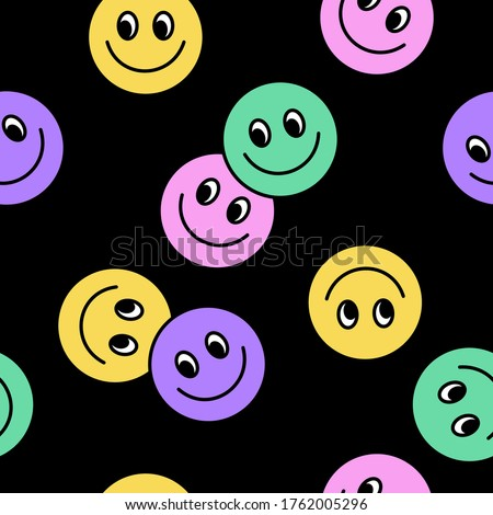 Seamless pattern of Colorful Happy face icon. Smiling Emoticon texture. Smile background. Smile Face icon all over print. Happy Faces.