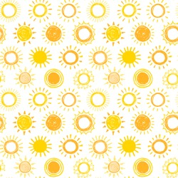 Seamless pattern with hand drawn doodle suns.