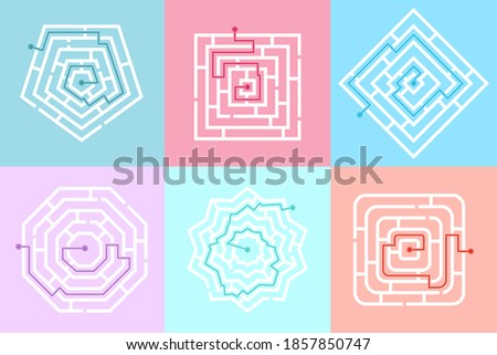 Set of maze game labyrinth. Labyrinth shape design element. Labyrinth games of different shapes and complexity. One sure way, find your way to the center. Vector illustration Foto d'archivio ©