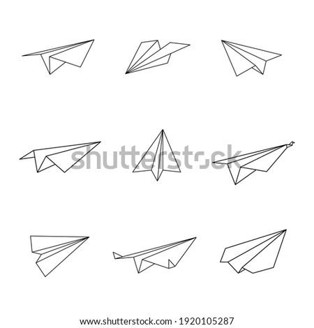 Set of origami plane in outline shape, Vector illustration.