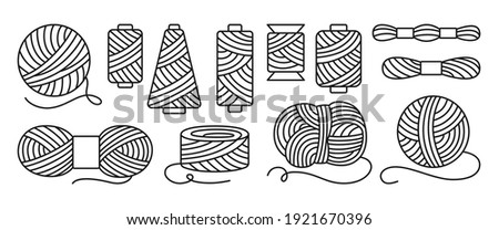 Sewing threads or yarn black line set. Spool and bobbin outline. Dressmaking needlework tools. Dressmaking, sewing workshop, tailoring hobby knitting, weaving wool. Isolated vector illustration Foto stock ©