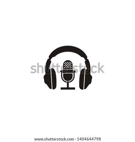simple podcast   radio logo
