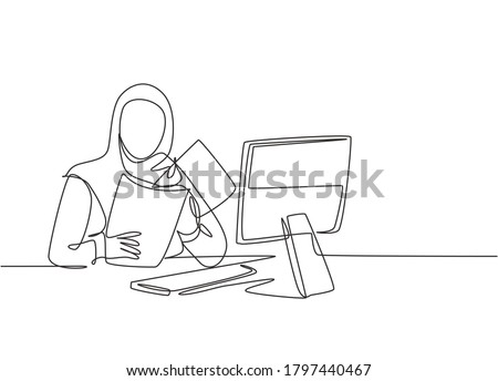 Single continuous line drawing of young female muslim businesswoman prepare documents for presentation to investors. Arab middle east cloth hijab and veil. One line draw design vector illustration