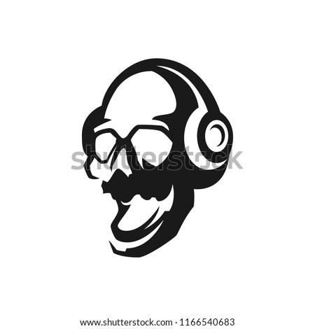skull in headphones sings songs
