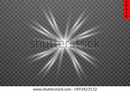Svecheniye izolirovannyy belyy prozrachnyy svetovoy effekt, bliki ob'yektiva, vzryv, blesk, liniya, vspyshka solntsa, iskra i zvezd. Abstraktnyy dizayn spetsial'nogo effekta elementa. Siyayushchiy luc Stok fotoğraf ©