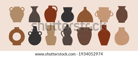 Various ceramic Vases. Different shapes. Colored silhouettes. Antique, ancient ceramics. Pottery concept. Stamp texture. Hand drawn Vector set. Trendy illustration. All elements are isolated Foto stock ©
