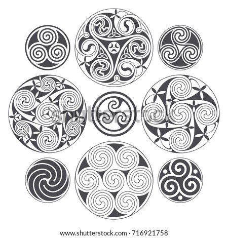 vector celtic spiral design for