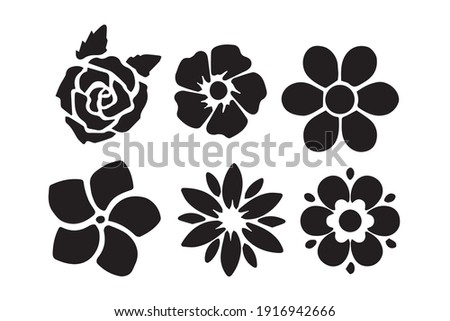 Vector illustration of hand drawn wreaths. Cute doodle floral wreath frame set