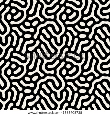 Vector seamless pattern. Modern stylish texture with smooth natural maze. Repeating abstract  tileable background. Compound organic shapes. Trendy surface design.