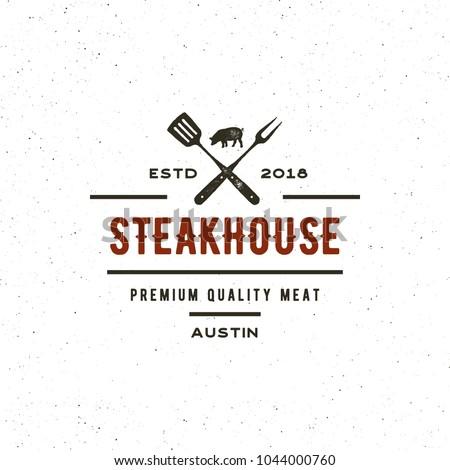 vintage steak house logo. retro styled grill restaurant emblem, badge, design element, logotype template. vector illustration