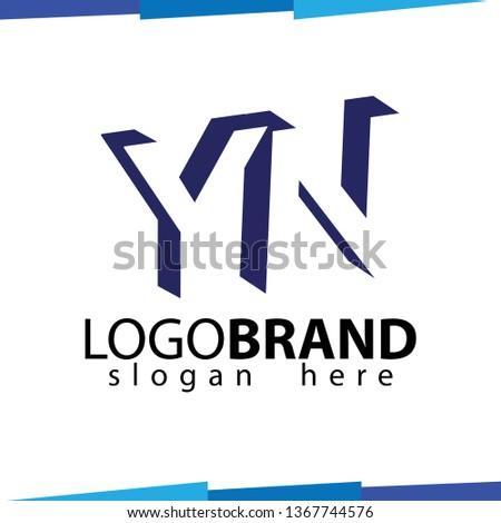 Y N Initial Letter logo in negative space vector template Stok fotoğraf ©